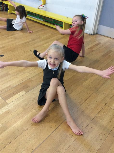 Willow Class practise their gym skills… | Kemsley Primary