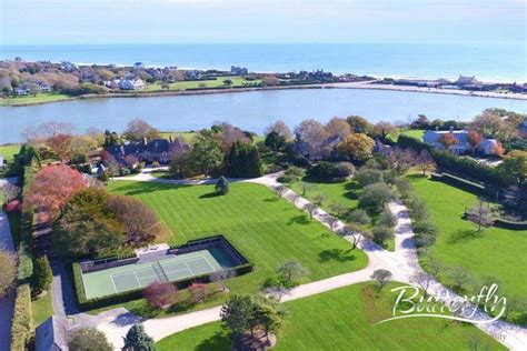 Properties for sale in Southampton town, Suffolk County