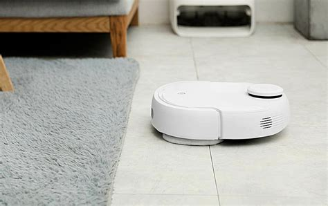 Extreme Robot Vacuum And Mop   Narwal Self Cleaning Robot