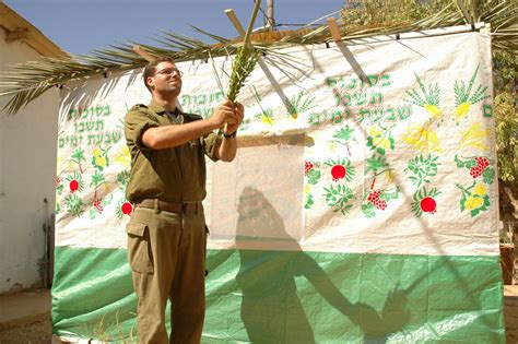 Israel Army and Surplus Blog: The Lone Soldier and the