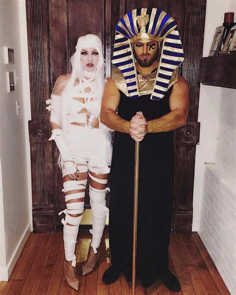 51 Creative Couples Costumes for Halloween   StayGlam